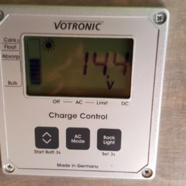 Votronic LCD-Charge Control S – für die Kontrolle